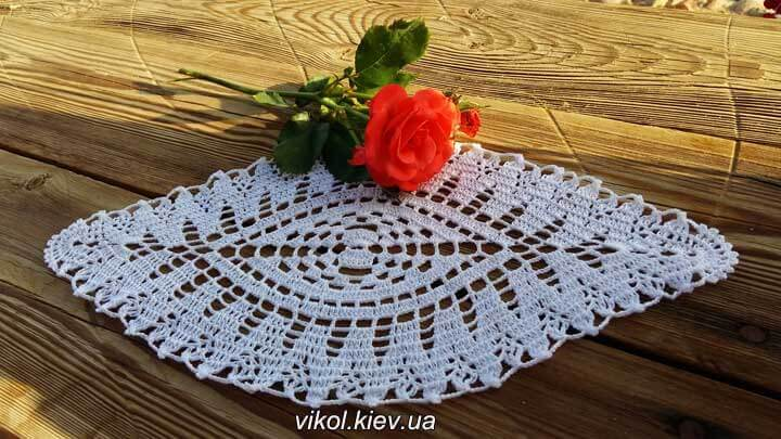 Вязание крючком. Легкая овальная салфетка заказать в Киеве