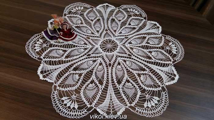 Вязание большой салфетки Перо павлина на заказ купить