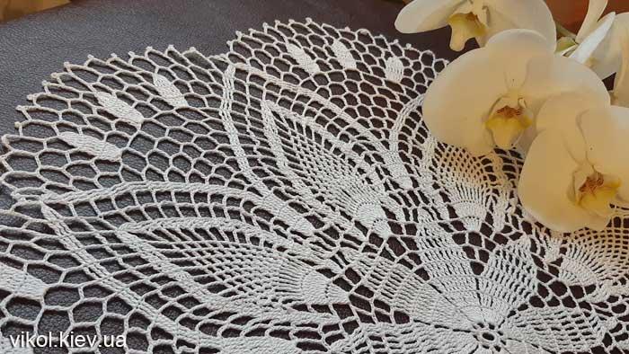 Тонкая салфетка крючком Нежность хризантемы заказать в Киеве