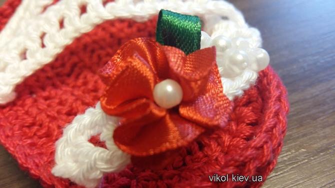 Сандалики крючком с цветком из ленты