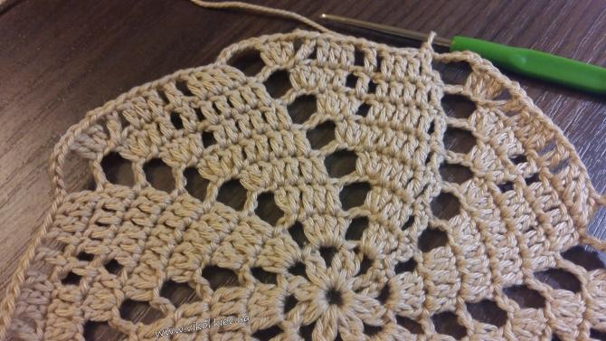 Вязание крючком ажурной салфетки фото