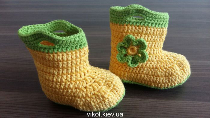 Вязание детских пинеток сапожок на заказ в Киеве