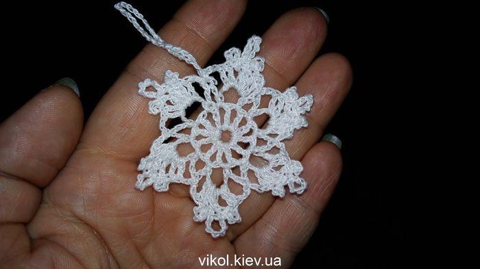 маленькие снежинки крючком купить в Киеве