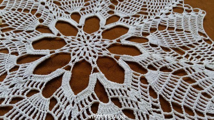 красивая вязаная белая салфетка на заказ купить в Киеве