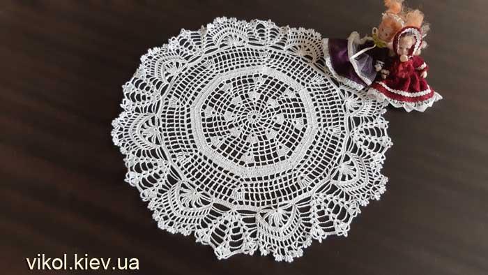 Купить вязаную салфетку восьмиугольную ручной работы в Киеве