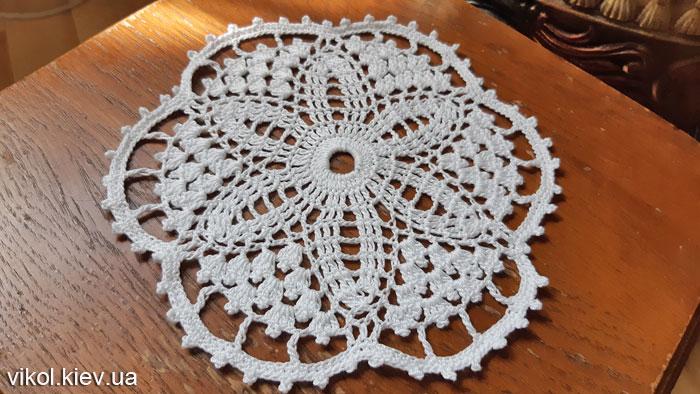 Купить вязаную салфетку для дома
